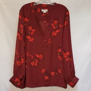 Ava Viv Long Sleeve Floral Print Tunic in Wine